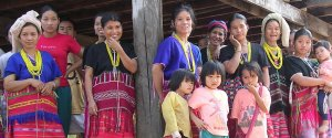 group-of-woman-children-cropped-theos_0